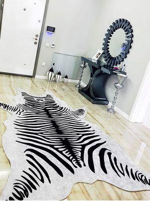 Zebra Desenli Post Tüysüz Kaymaz Deri Taban Su Geçirmez Leke Tutmaz Halı